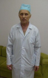 Заведующий  травматолого-ортопедическим отделением Хлебников Г. В.
